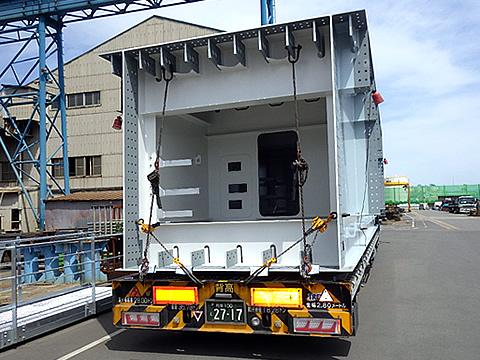 中低床セミトレ-ラ3軸台車